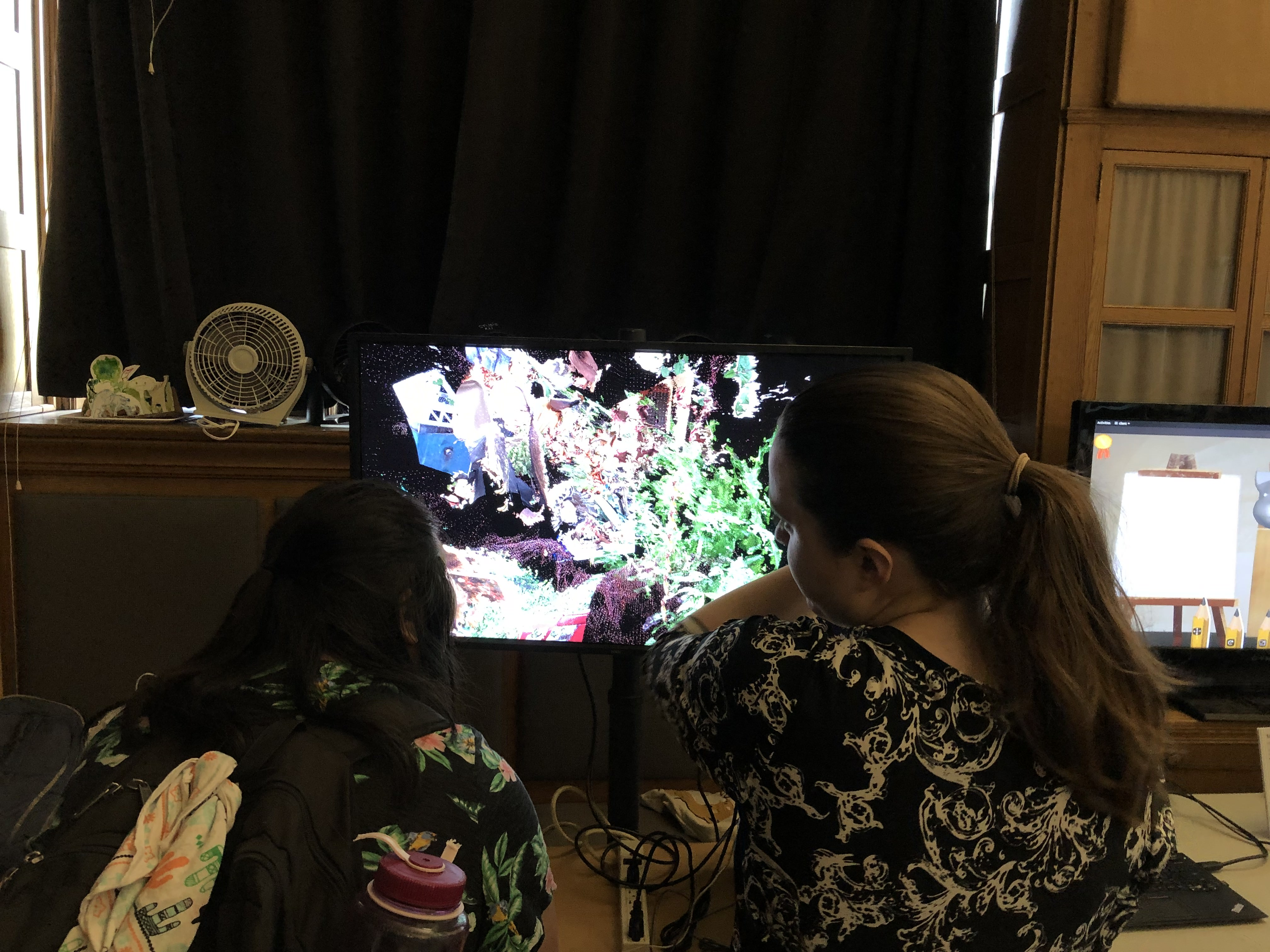 people playing point cloud garden #1